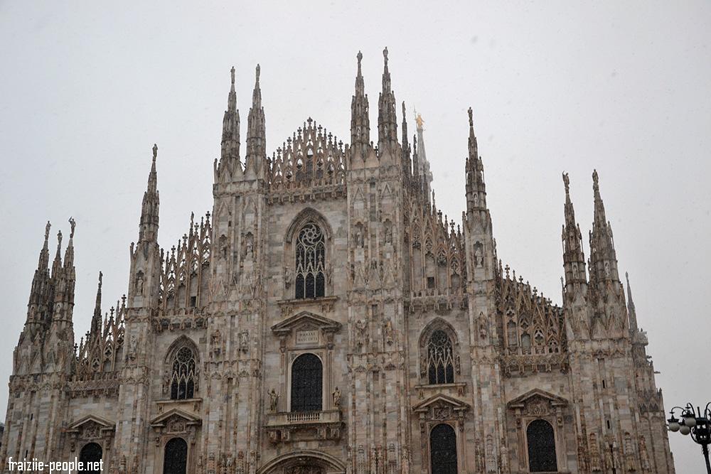 Dernière photo du Duomo sous la neige avant de rentrer à l'auberge et de dire au revoir à Milan.