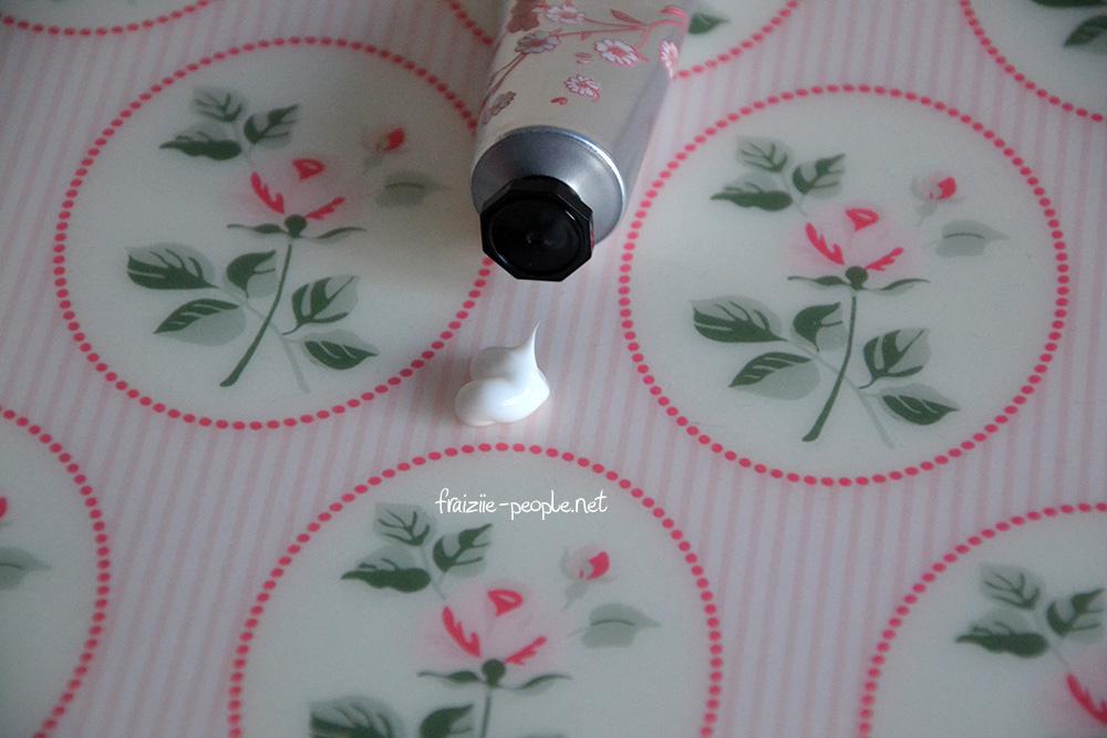Visuel Crème mains L'Occitane Fleurs de Cerisier