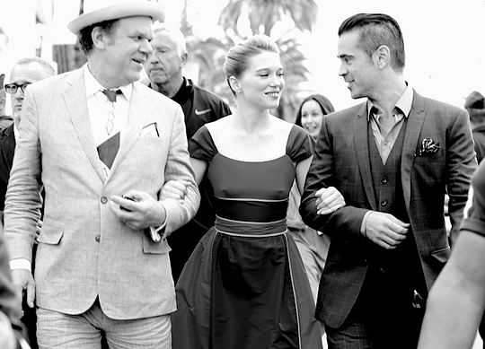 John C. Reilly, Lea Seydoux et Colin Farrell arrivant au Grand Journal de Canal +