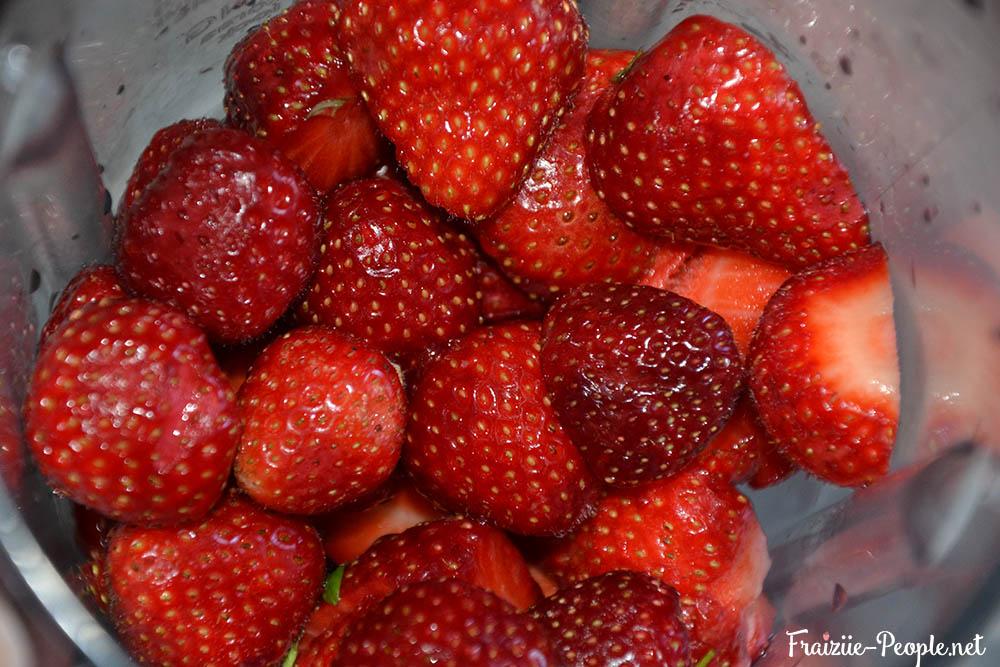 Etape 1 Jus fraise/coco