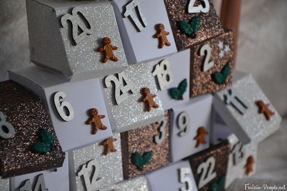 calendrier de l'avent en sapin de Noël