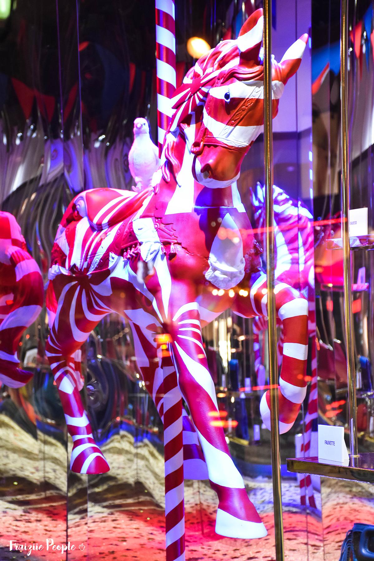 Vitrines de Noël des Galeries Lafayette - Fraiziie-People