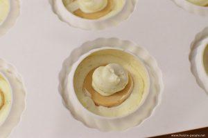 Montage de l'entremet noisette caramel - Fraiziie-people.net
